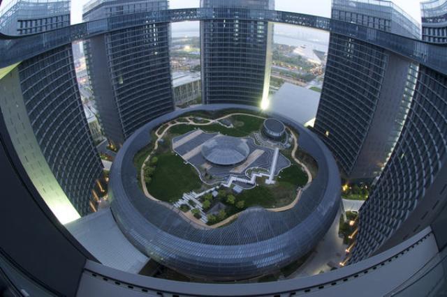 административный центр в Гуанчжоу