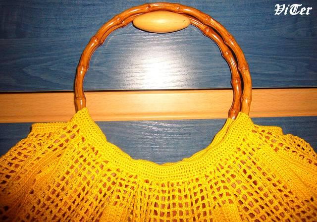 Схеми вязаних спицями кофт.