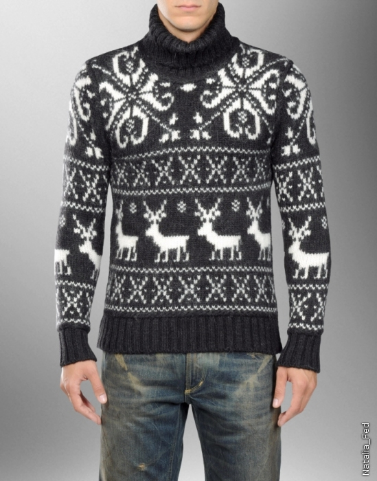 1. Мужской свитер с оленями от D&G.