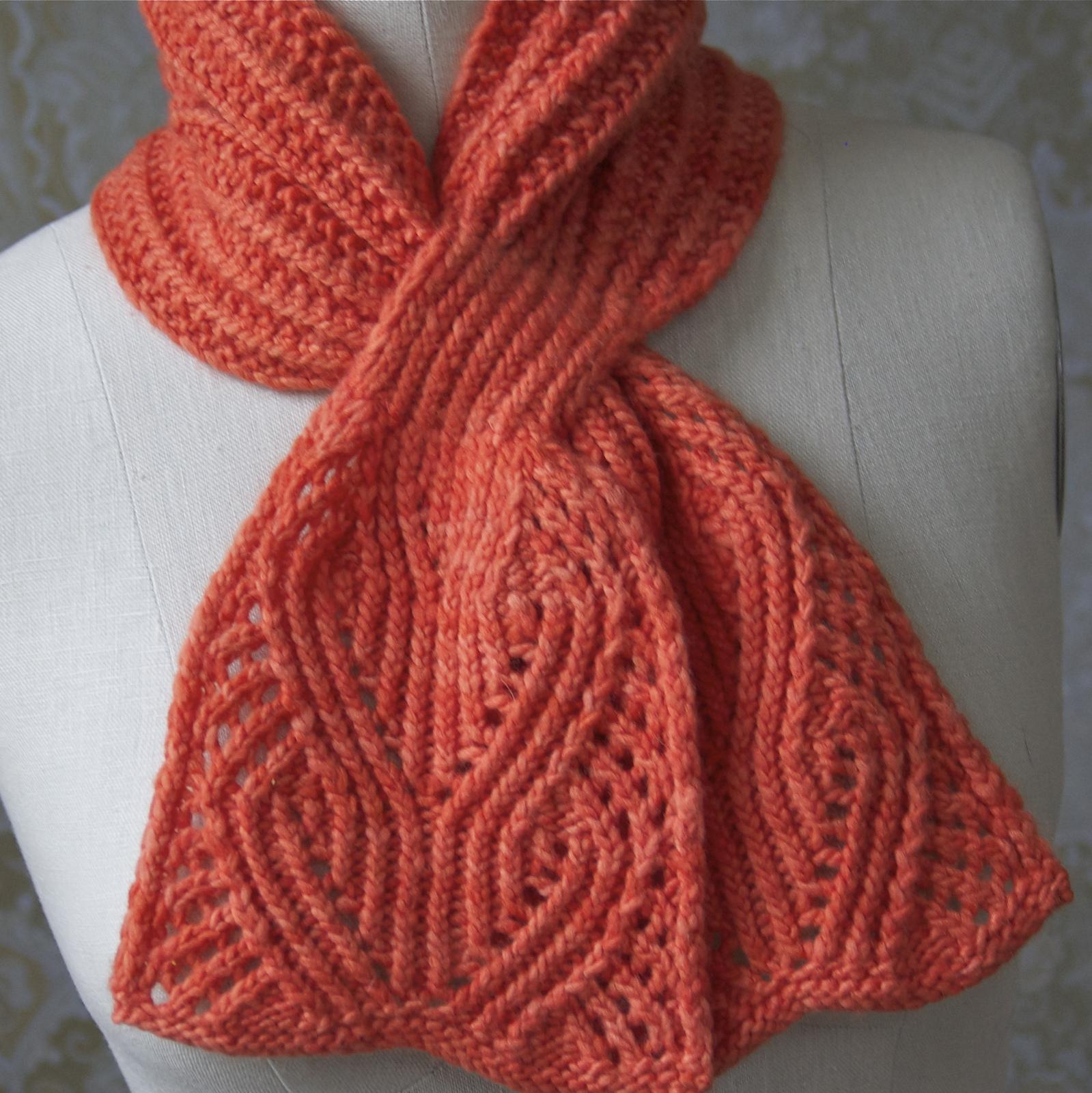 Красивые вязанные шарфы на спицах