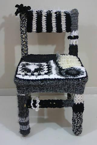 Дизайнерские идеи и милые уютности: кресла, стулья, пуфы, лампы, часы...  358954_m
