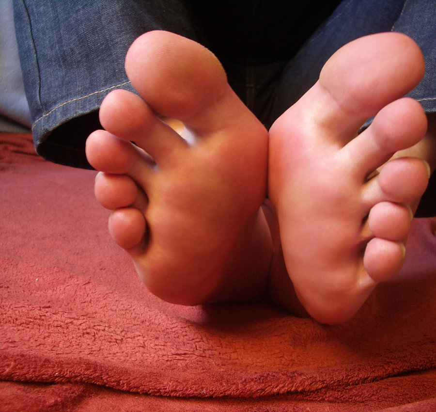 my foot Foot heaviness or weakness (foot drop) often originating from a spinal nerve root in the lower back, foot drop refers to a weak or heavy feeling that makes it difficult or impossible to flex the ankle and bring the front of the foot up.