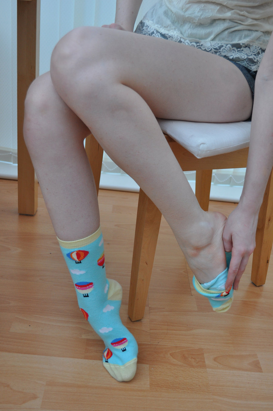 Порно белые носочки фут фетиш