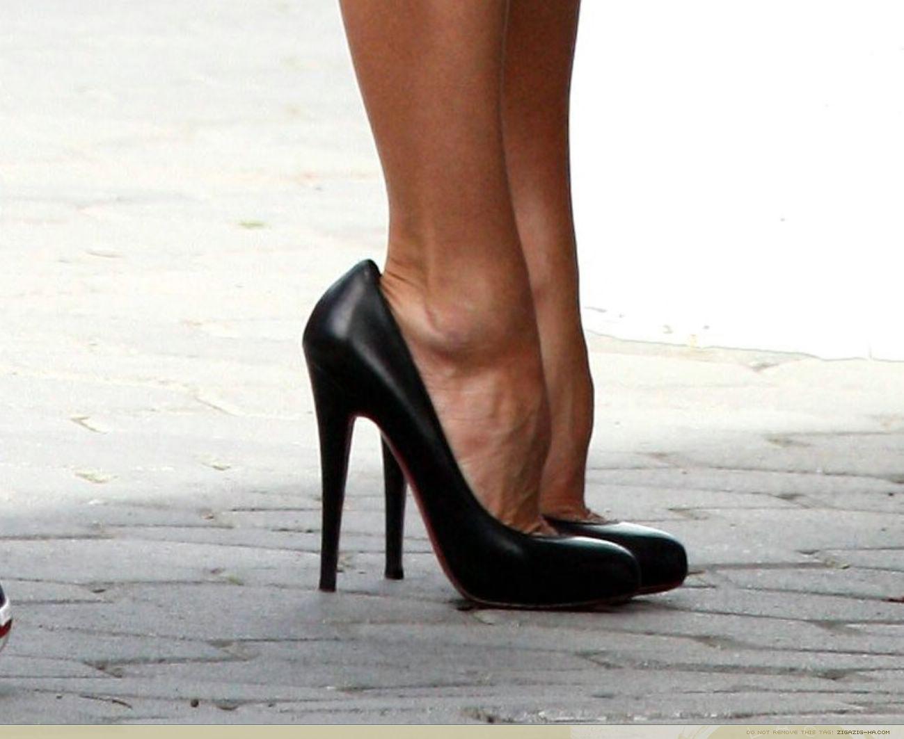 Проно на высоких каблуках 17 фотография