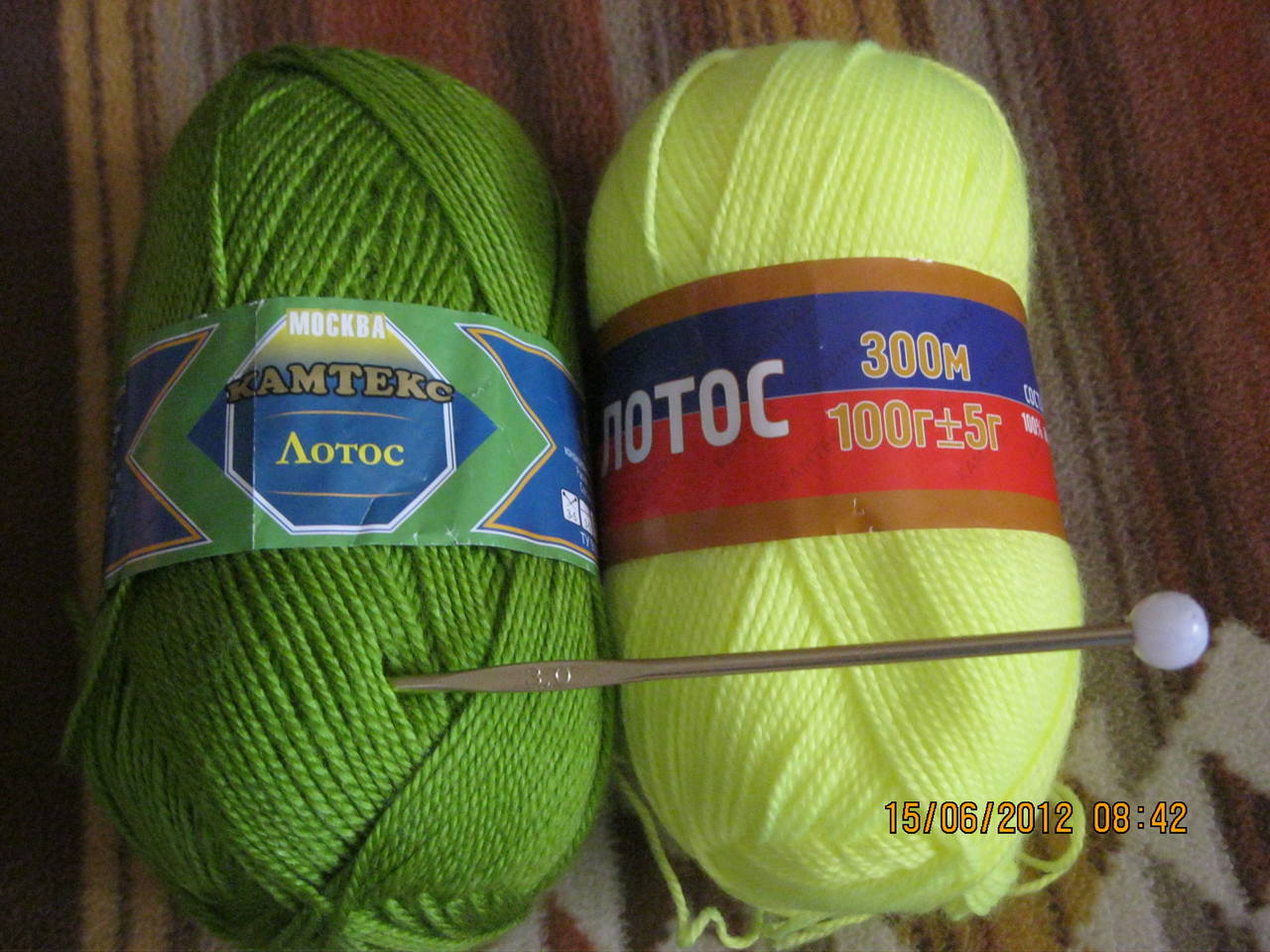 Какие нитки для вязания шапок крючком