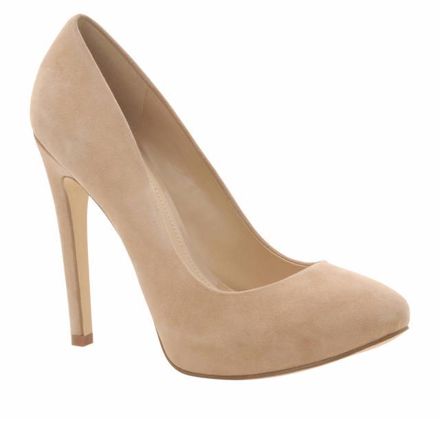 Обувь - бежевые туфли