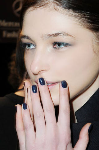 hbz-fall12-nail-trend-Milly-lgn