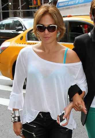 Jennifer-Lopez-in-New-York-5