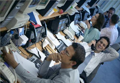 Начавшееся с самого открытия сессии 23 мая падение на отечественном фондовом рынке продолжилось и во второй половине...