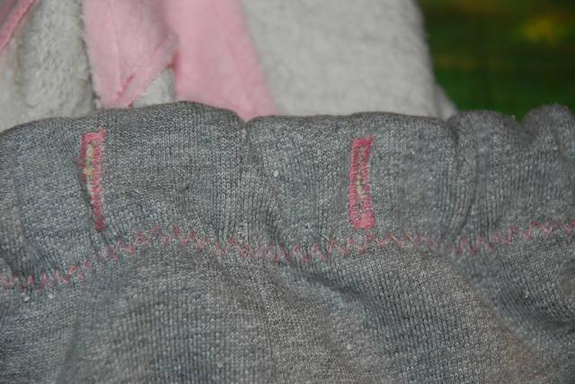 Спортивные штаны со звездами 1158661_m