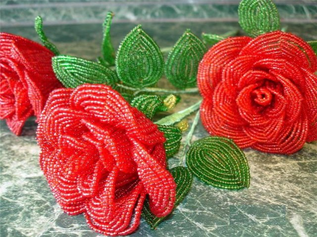 Мастер класс Розы из бисера