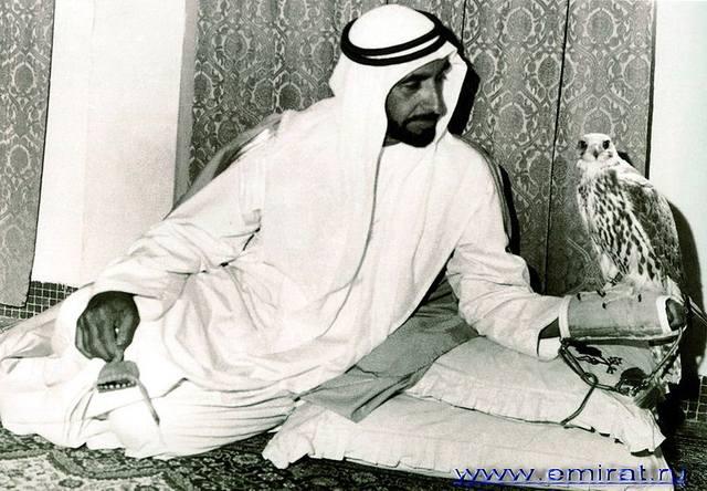 800px-Шейх Заед бен Султан Аль Нахайян 07