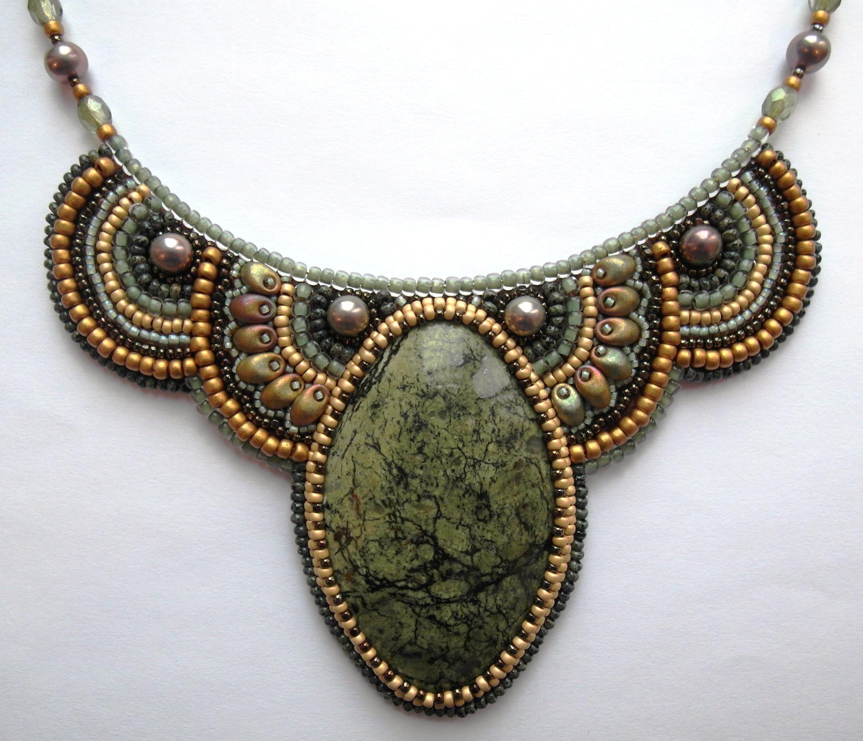 Фото: Украшения из натуральных камней. .  Ювелирные изделия и бижутерия.