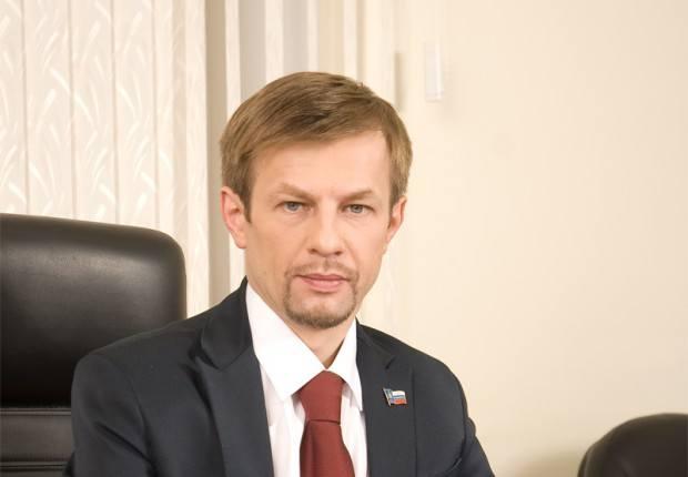 Евгений Урлашов собирается отклонить бюджет на 2013 год.