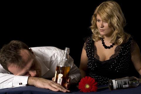 Как проводится лечение от алкогольной