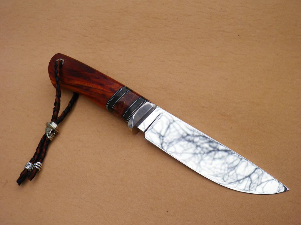 Темляк из кожи для ножа