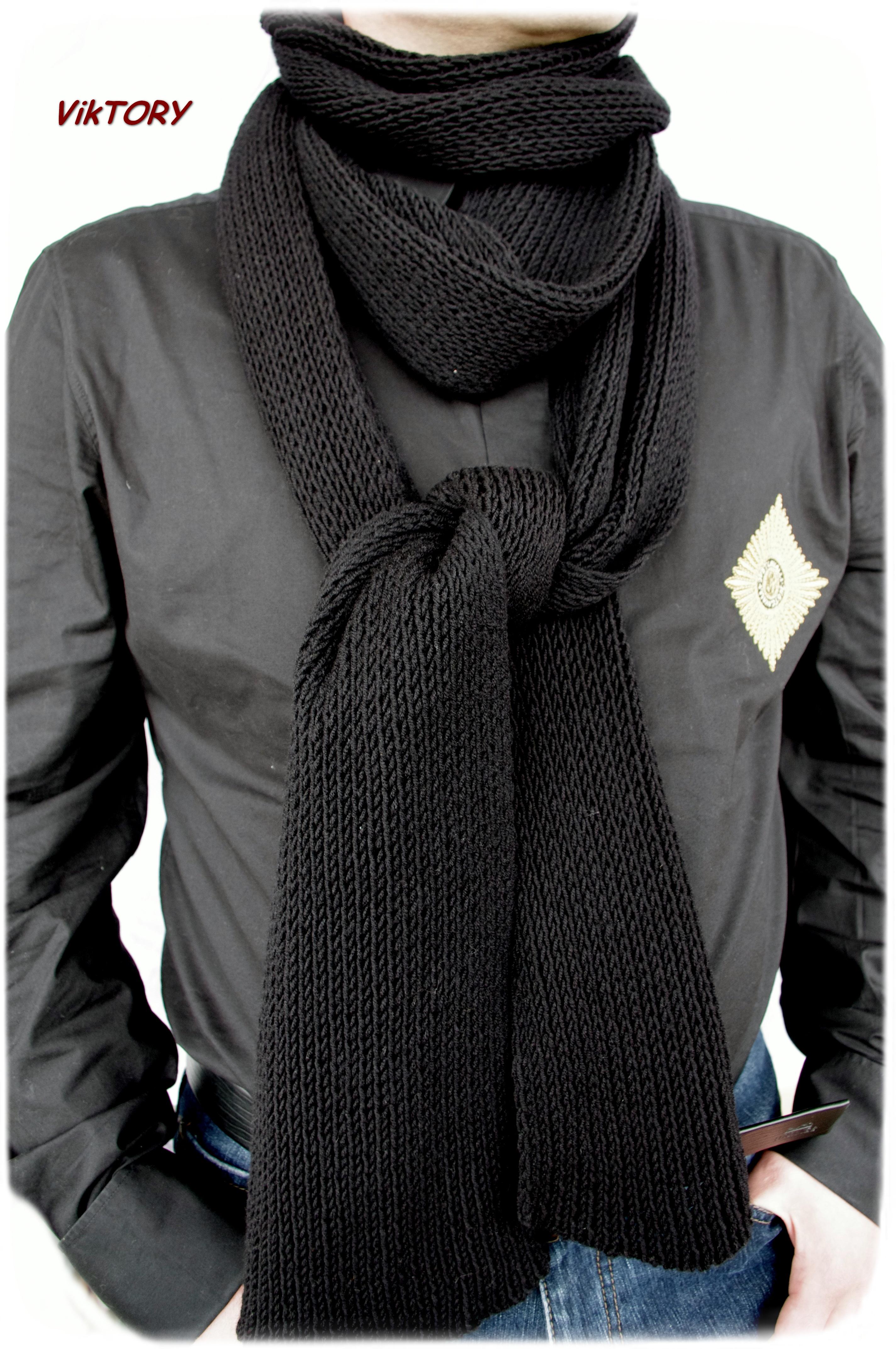 Подарить мужчине шарф связанный своими руками