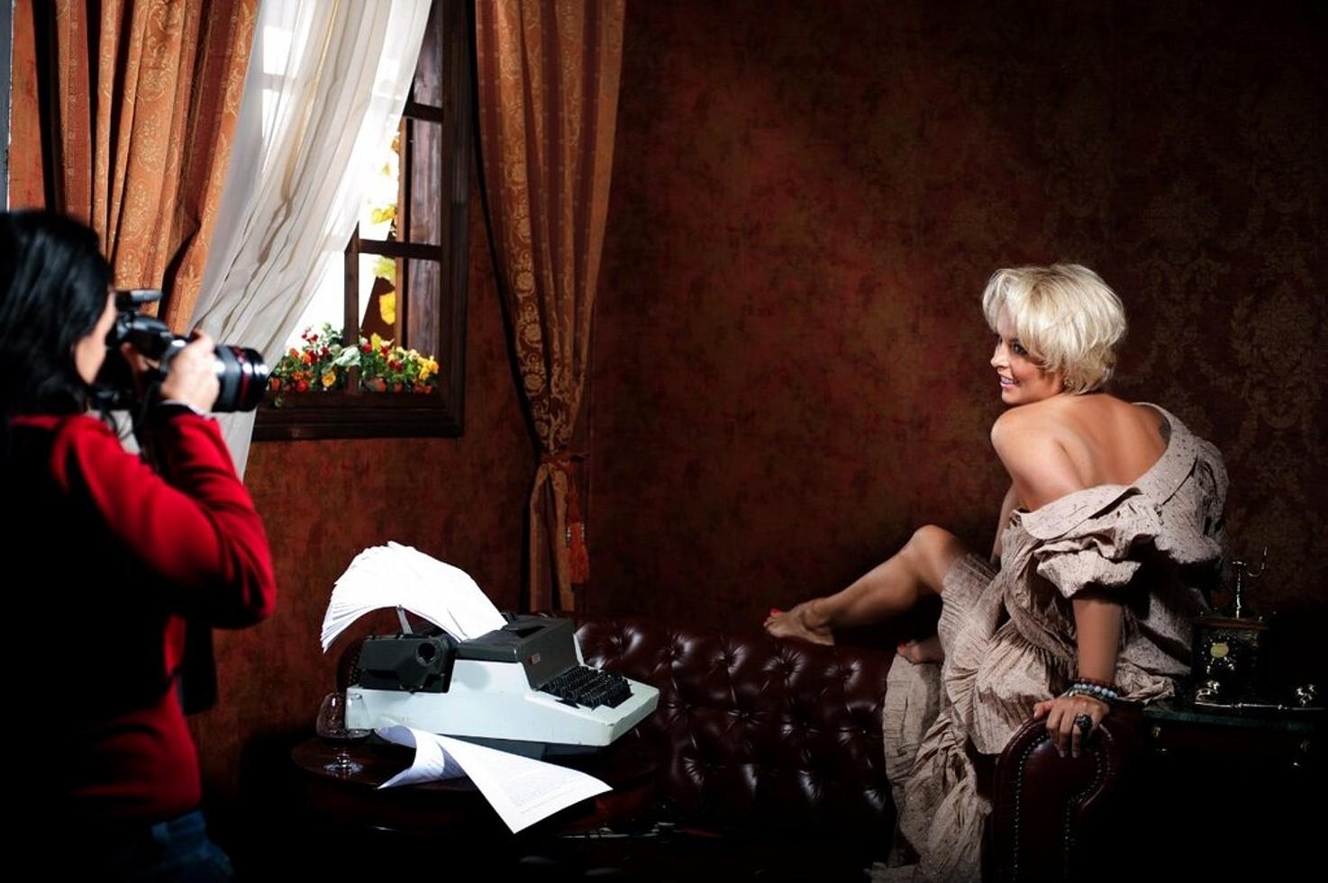 Голая Анастасия Макеева во всей красе на секс фотках и видео