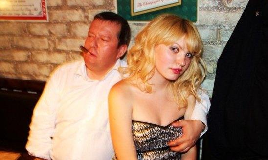 Порно комікси только фото русских девок порно русской