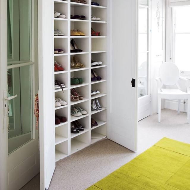 Выбор шкафа для обуви.