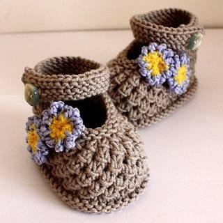 Пинетки, носочки, тапочки - для детей 2121878_m