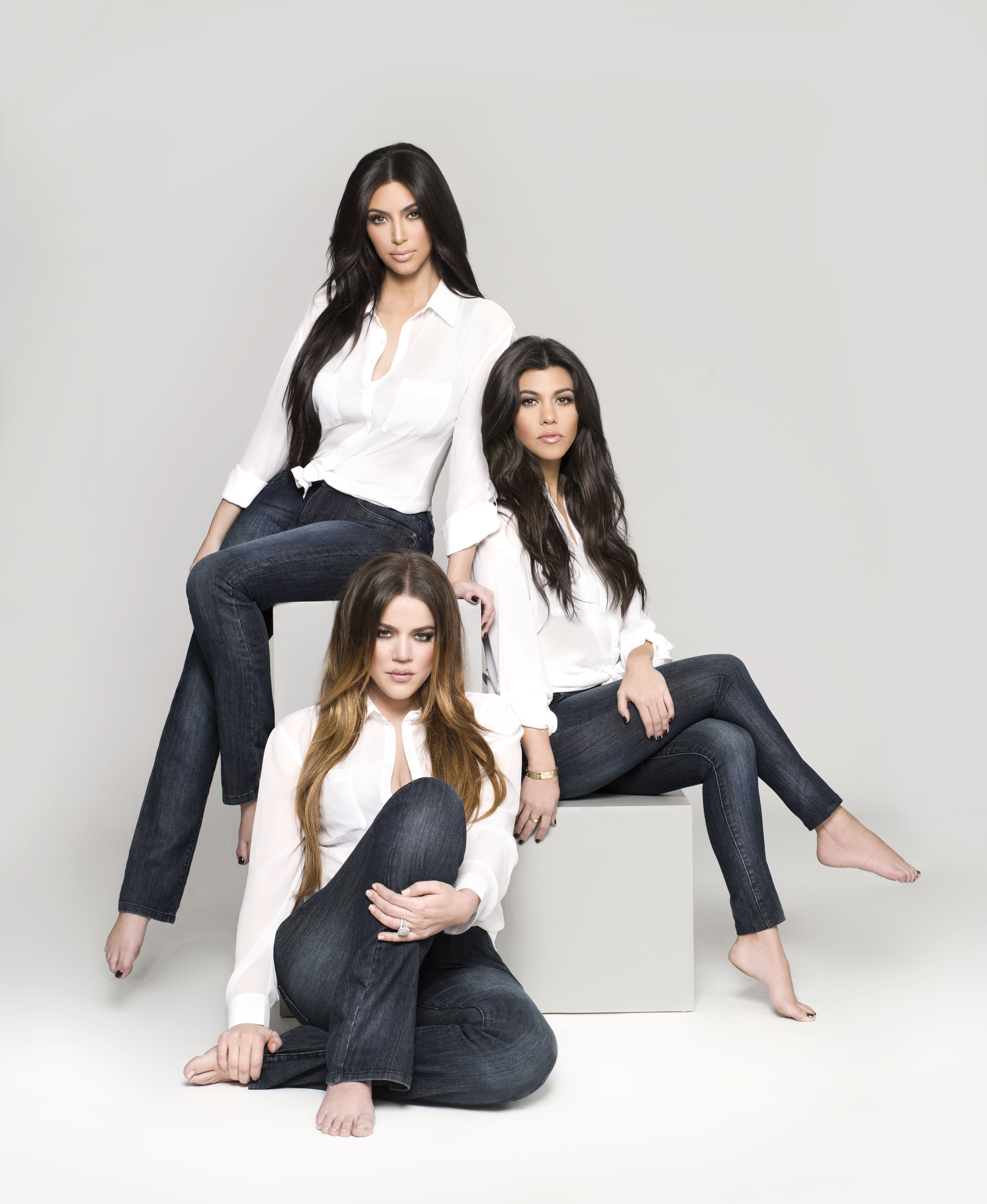 Сестра в джинсах фото 2 фотография