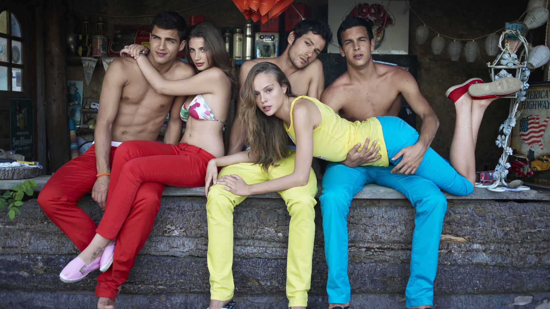 Сексульные игры снимать штаны 12 фотография