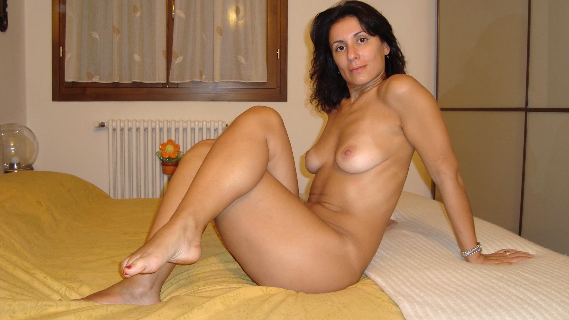 Скрытые фото голыхзрелых женщин 19 фотография