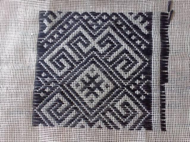 Схема вишивок низинкою
