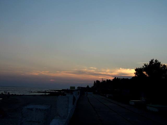 http://images.vfl.ru/ii/1373984015/d8571698/2710767_m.jpg