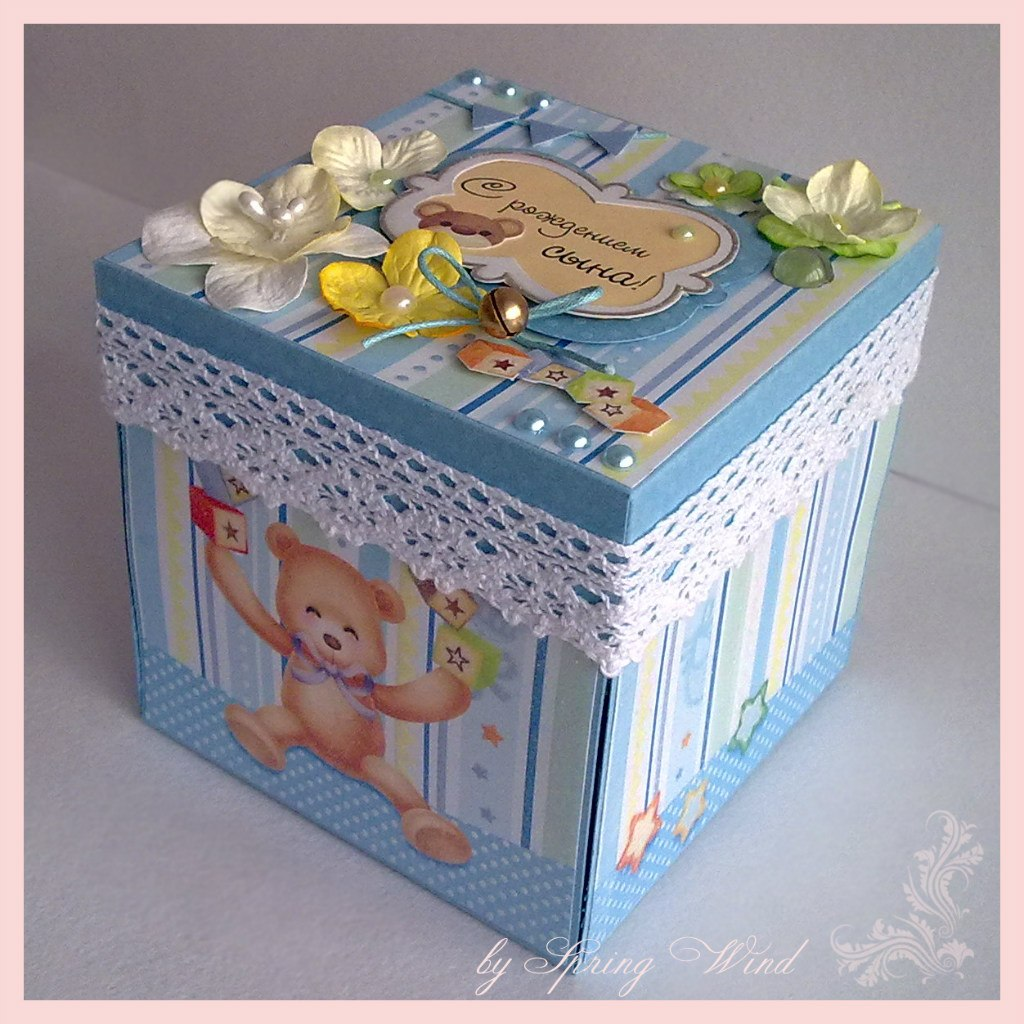 Коробка из скрапбукинга