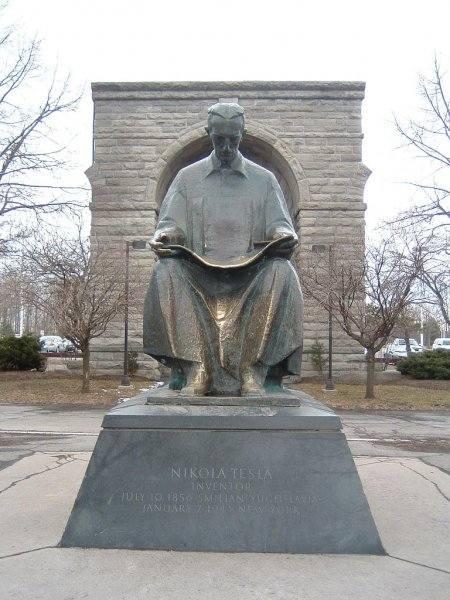 Никола Тесла - великий ученый, загадочный изобретатель, властелин электричества 2774151_m