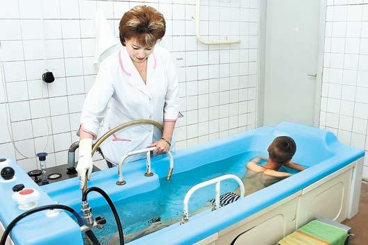 Лечебные ванны способствуют укреплению детского иммунитета.