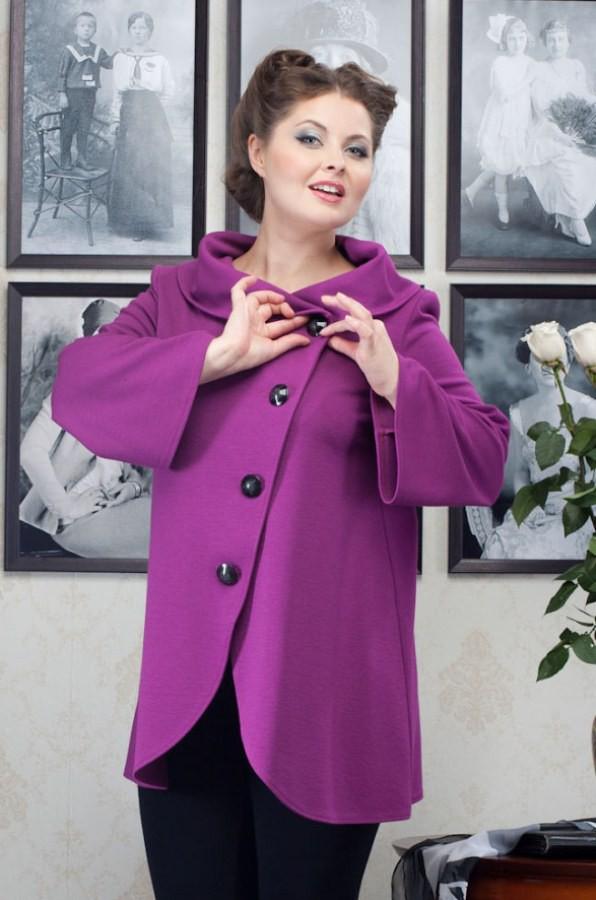 Женские куртки, ветровки, пальто больших размеров