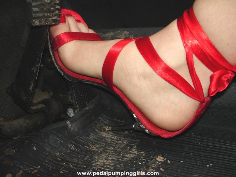 Foot fetish pedal pumping