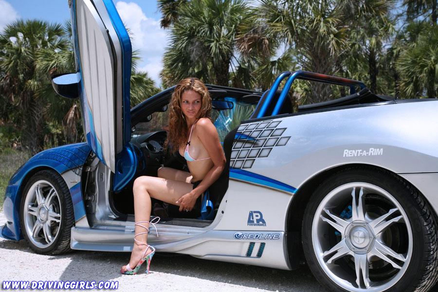 Девушка с секс машиной порно смотреть онлайн