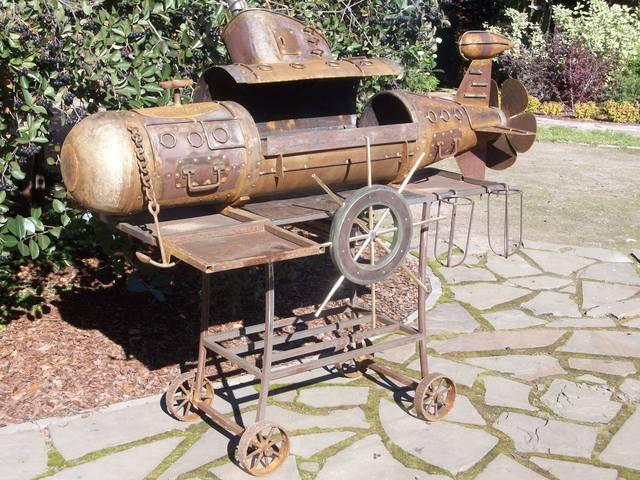 мангал в виде подводной лодки фото