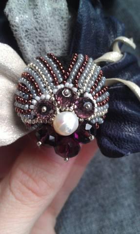 Пёрышко из кожи и вышивки, бусины Сваровски цвета аметист, самый мелкий японский бисер.