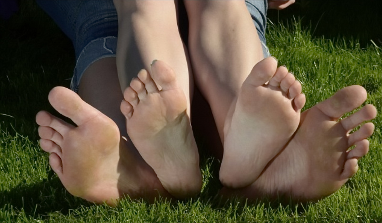 Самый большая ступня у девушки 11 фотография