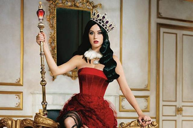 katy-perry-perfume-killer-queen-650-430