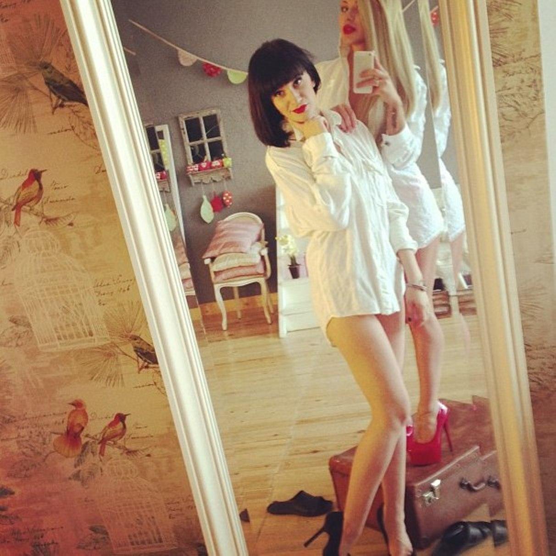 Голая звезда Елена Бушина на фото и видео
