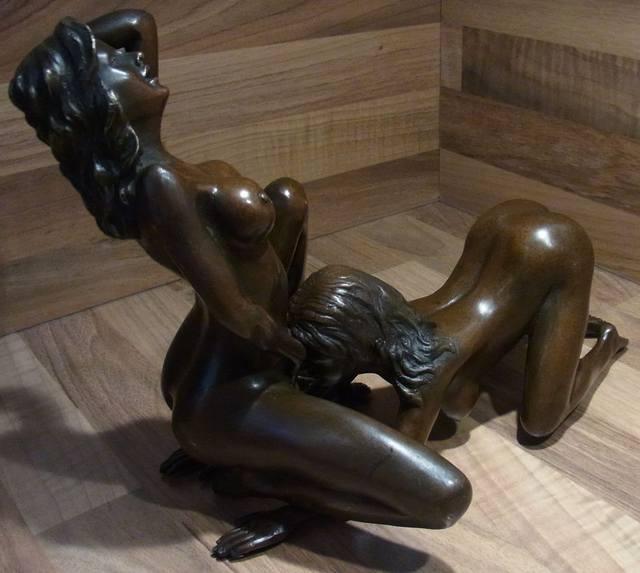 bronza-eroticheskaya-skulptura