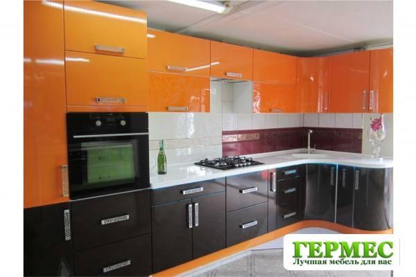 фото кухня черно оранжевая