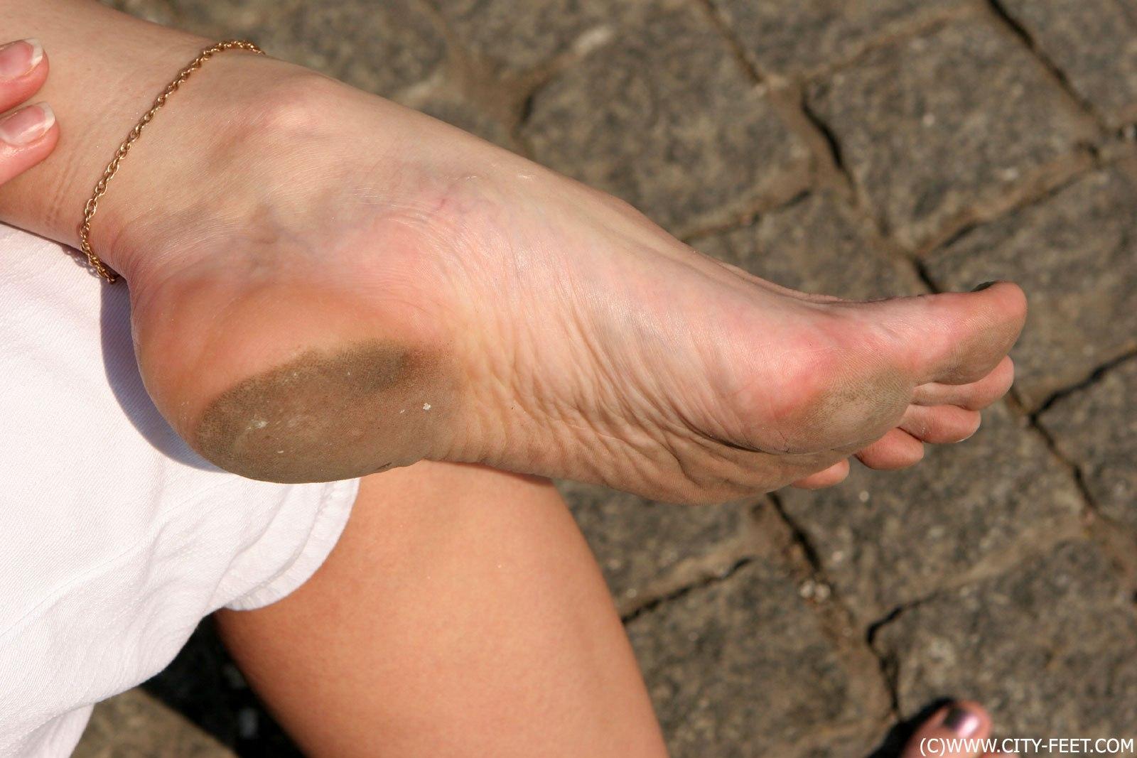 порно девушки с красивыми ногами фото