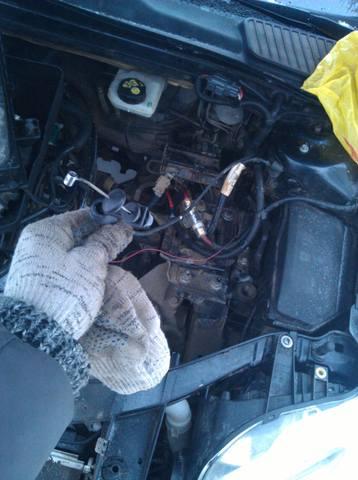 как поменять тросик капота на ford mondeo4