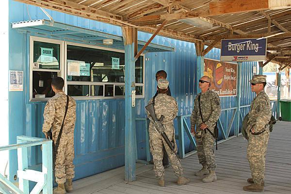 Boardwalk FASTFOOD-Burger-King-Afghanistan full 600