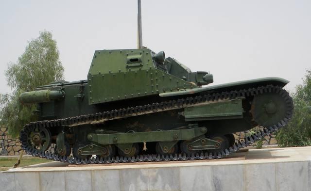 Итальянский одноместный танк
