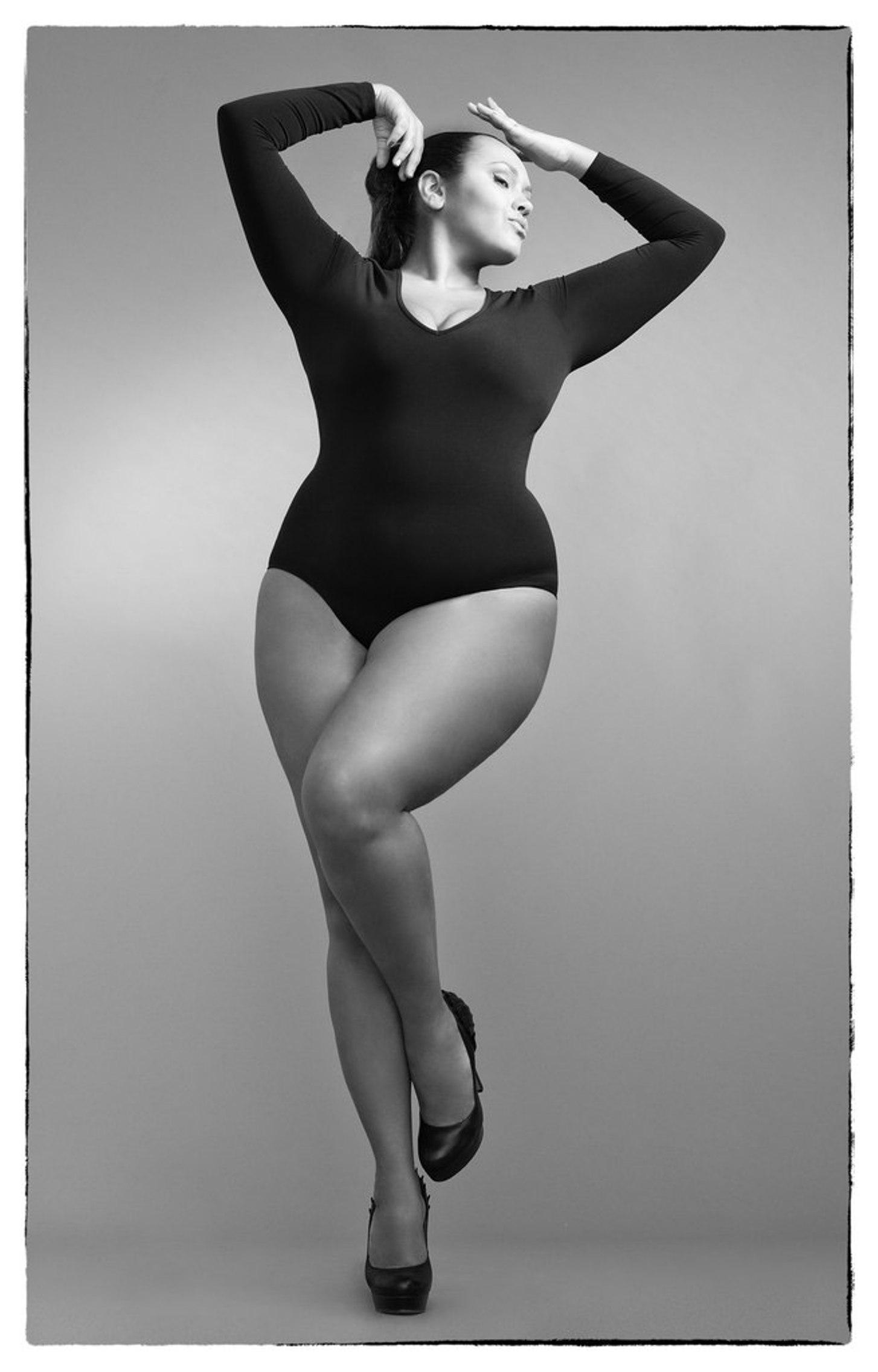 Фото женских пышных форм 16 фотография