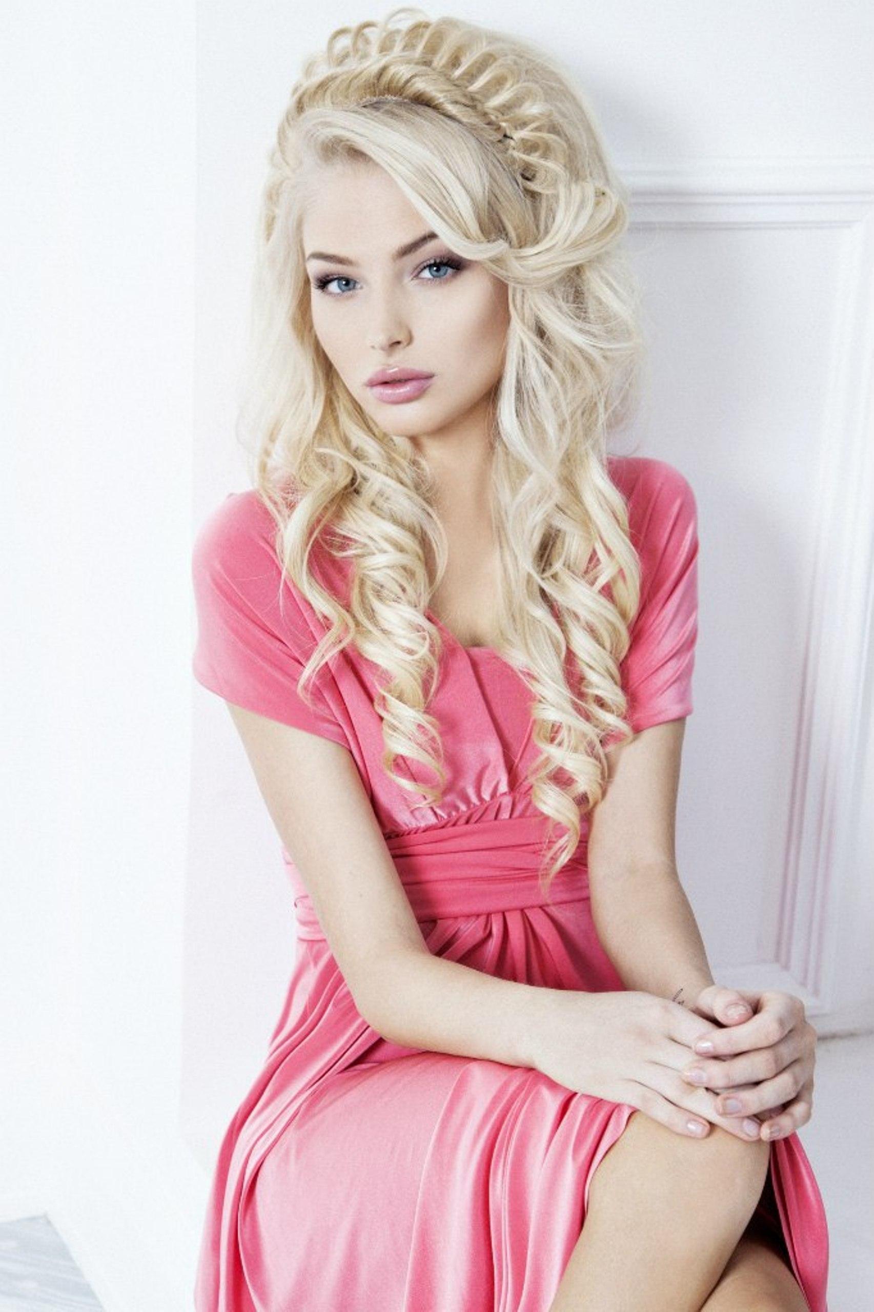 Девушка блонда фото до пластики