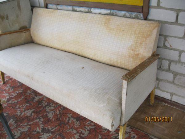 Как оформить старый диван своими руками 84